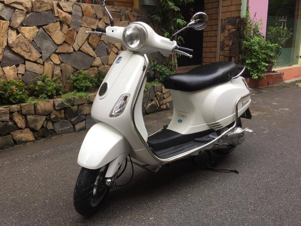 Vespa LX125 VN bs 30K mau Trang thoi trang 22500tr chinh chu di giu nguyen ban - 3