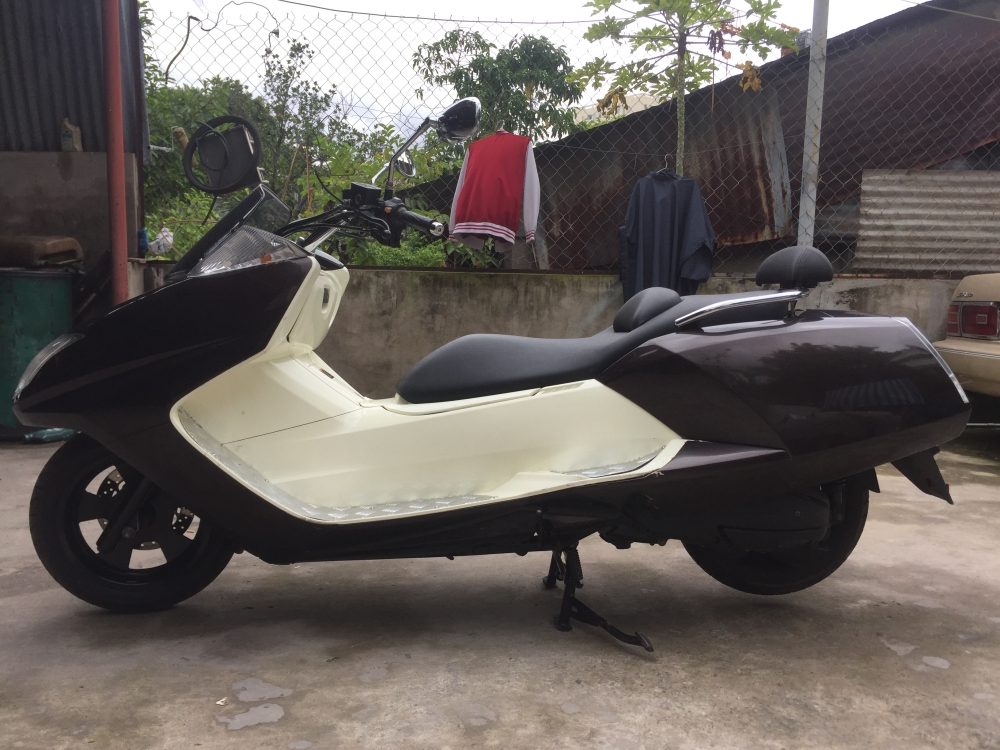 Yamaha Maxam con hop sach - 2