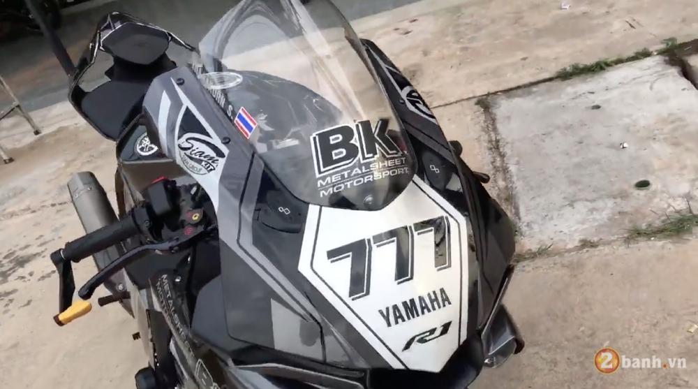 Yamaha R1 ban gioi han nhung do choi thi khung khong co gioi han - 3