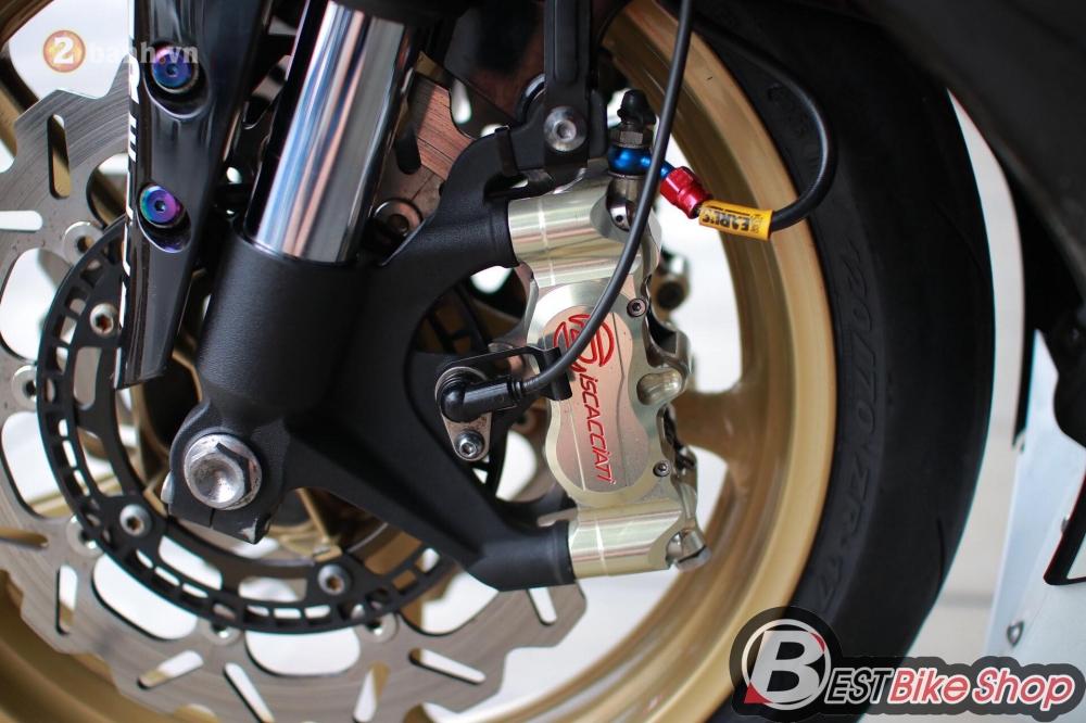 Yamaha R1 hang hiem trong ban do chuan bai dang cap - 12