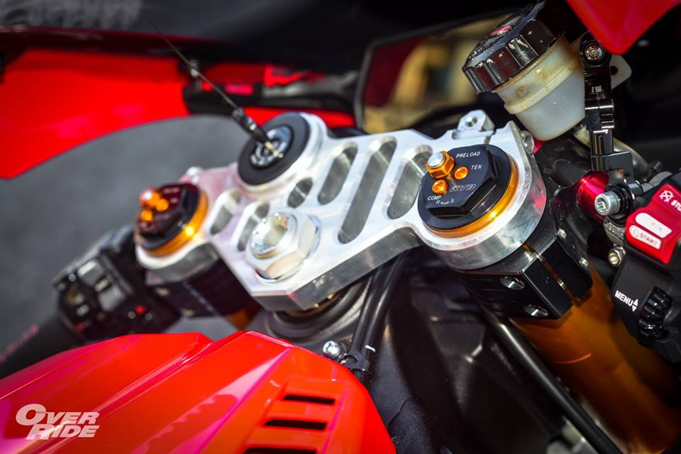 Yamaha YZFR1 lot xac ngoan muc day tinh te - 3