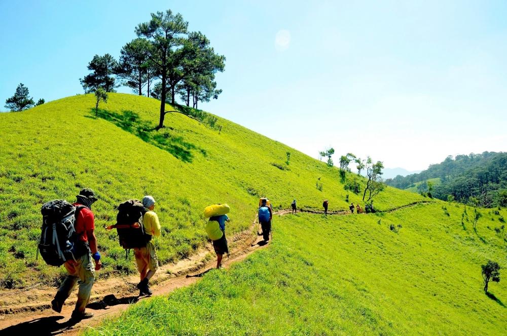 15 cung duong trekking dep nhat Viet Nam nen di vao dip le 29