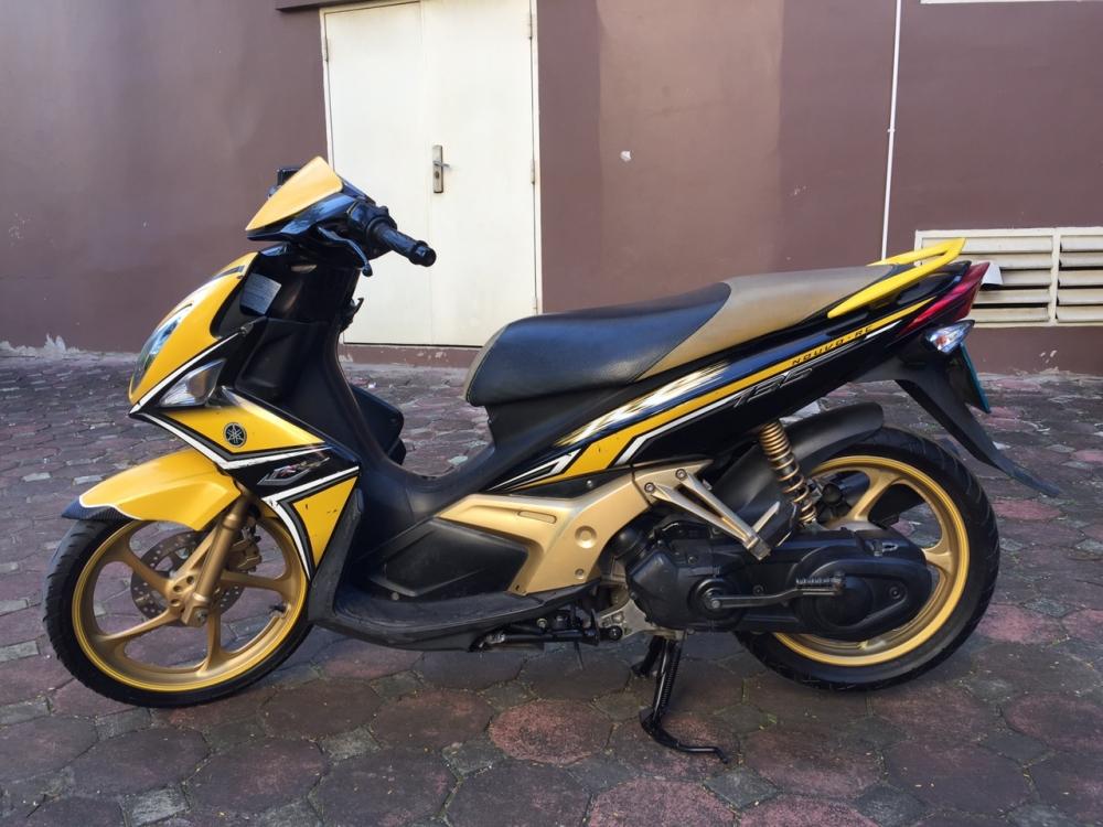 Ban xe Yamaha Nouvolx 135RC den vang 2011 cuc moi chat nguyen ban