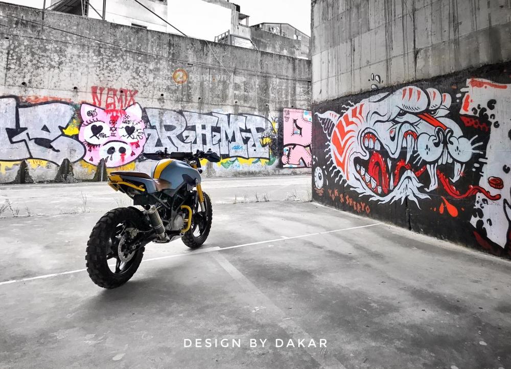 BMW G310R do lot xac day ngoan muc cua biker Dai Loan - 8