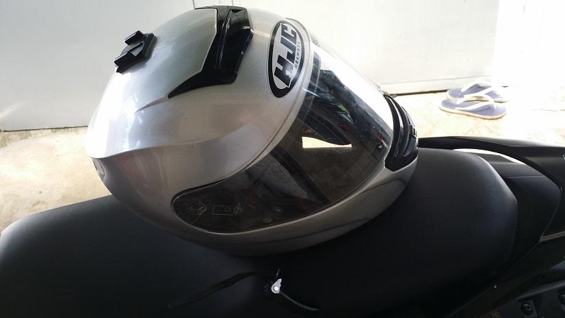 Bon HJC Cool Storm Size XL loai Mua Honda Winner tang mau Bac - 3