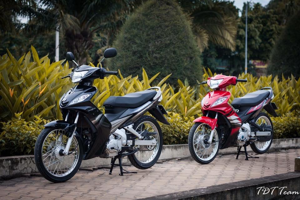 Cap doi huyen thoai Exciter 2006 cung nhau do dang day an tuong - 3