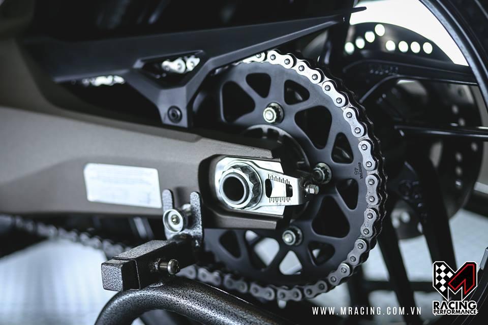 Chiem nguong quai thu Ducati Monster 821 luc luong - 7