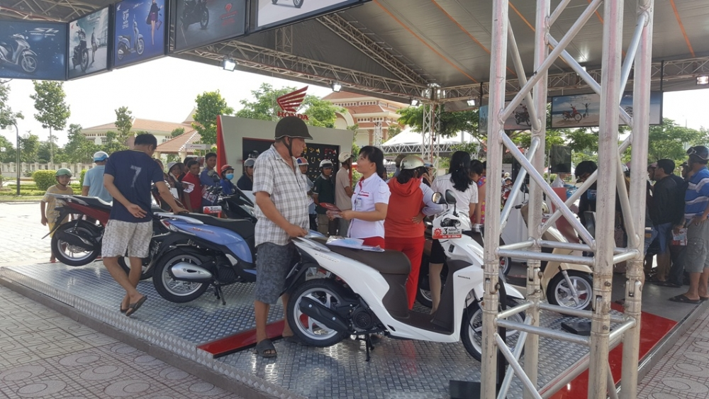 Cung den voi chuong trinh Honda Tron Niem Tin trong thang 08 - 2