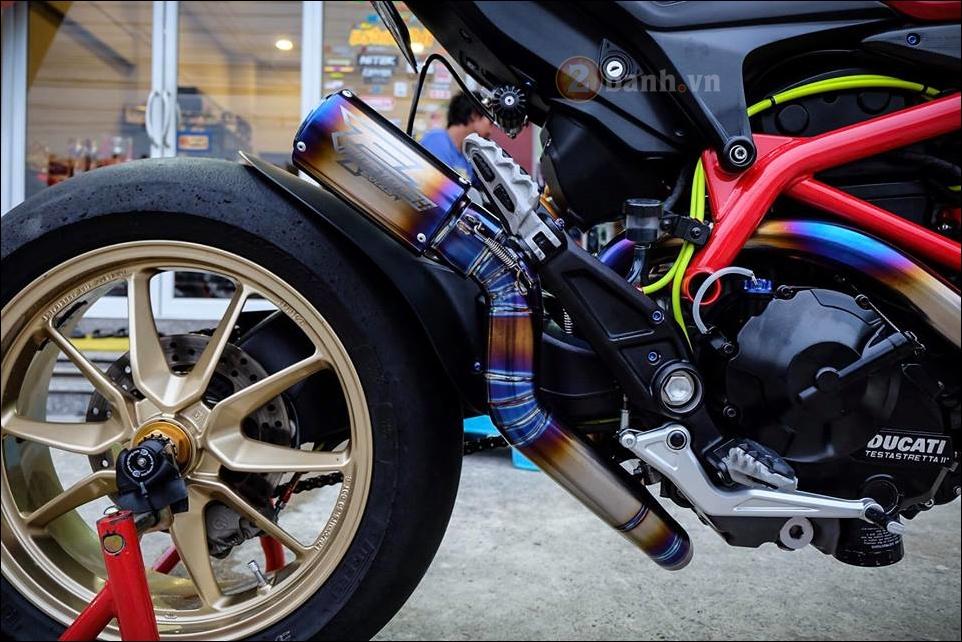 Ducati Hypermotard do da sac qua y tuong cua biker Thai - 8