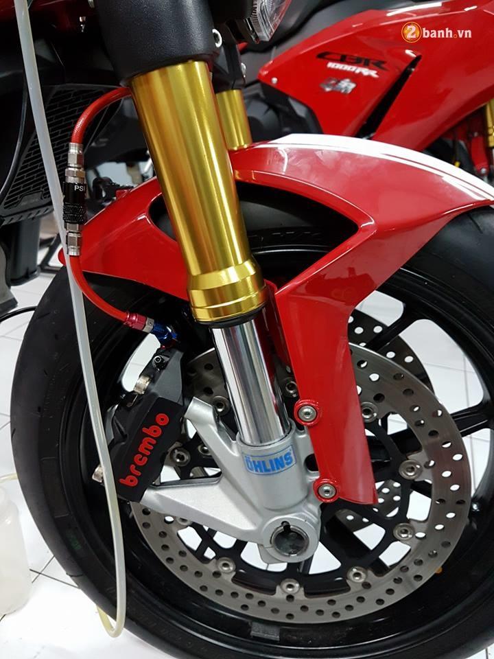 Ducati Monter 796 quai thu duong pho ben loat do choi hang hieu