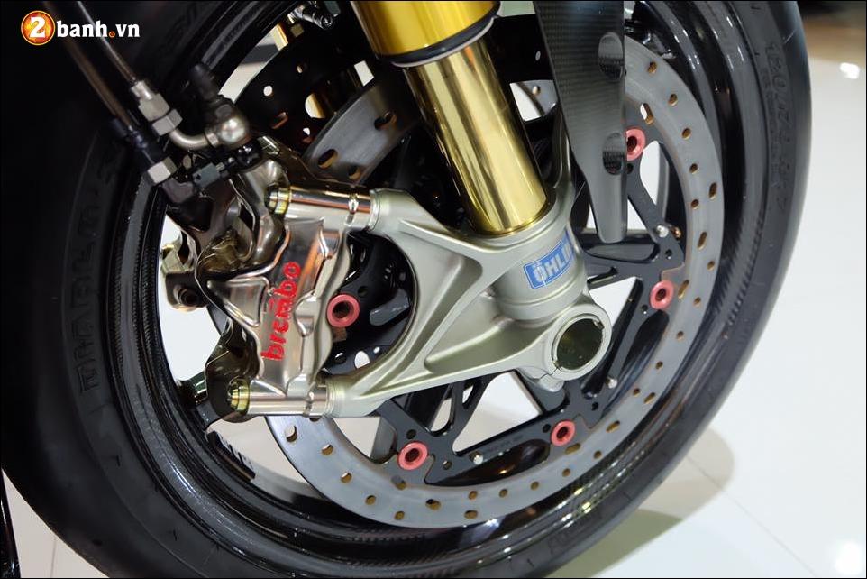 Ducati Panigale 1199 do Quy du hung bao cung tem dau the thao - 7
