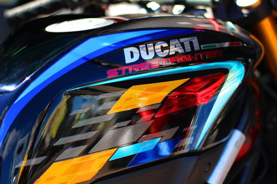 Ducati Streetfighter do menh danh qua bom tan phan khuc nakedbike