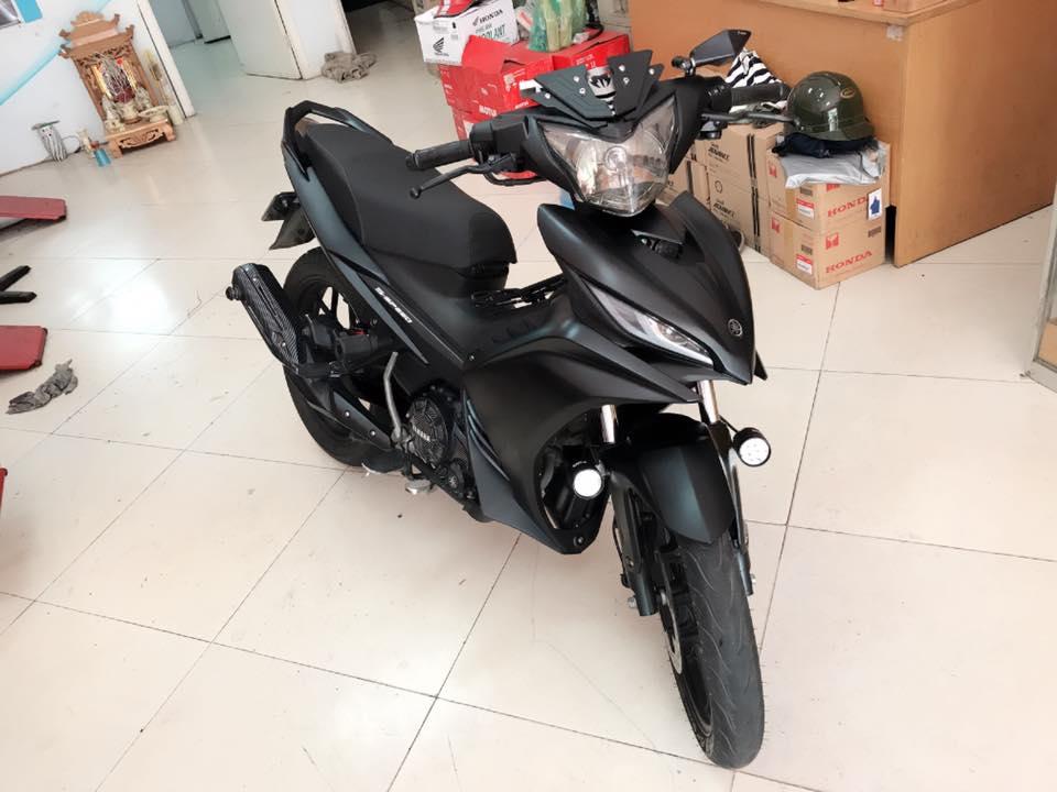 Exciter 135 do full black voi dan chan che tu doi thu nha Honda - 6