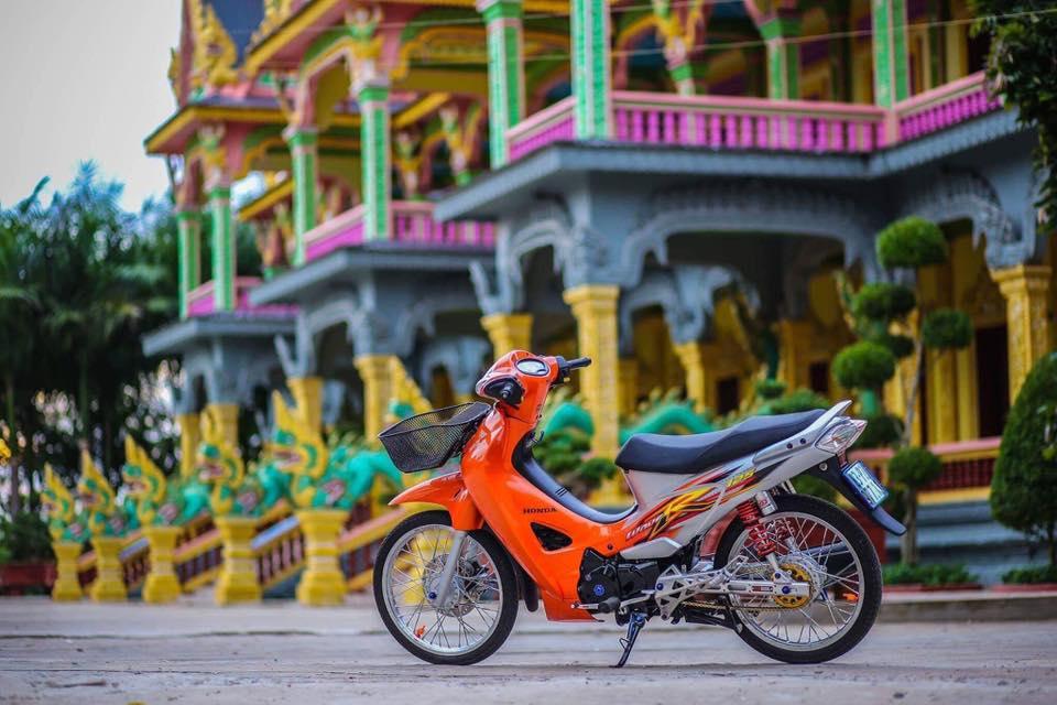 Future 2 do phong cach Wave 125 leng keng xa beng cua Biker Soc Trang - 7
