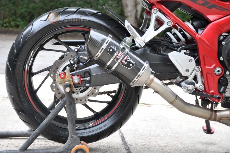 Honda CB650F Nakedbike the he moi kieng nhe - 9