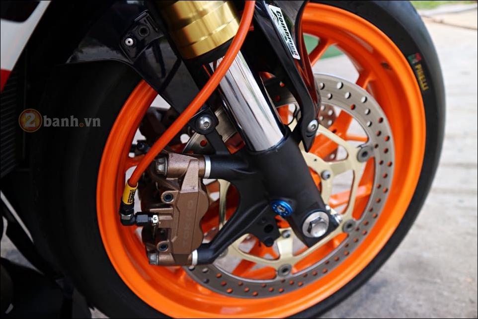 Honda CBR1000RR Repsol do don gian tinh te trong tung chi tiet - 9