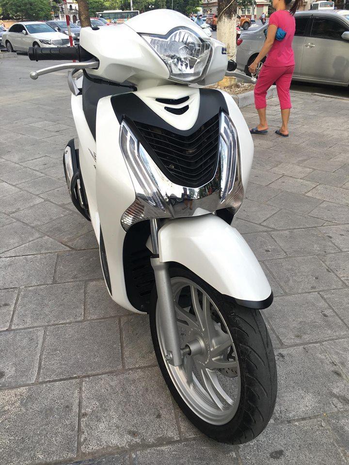 honda SH 150i VN Trang 2015 tp 29e 659xx chinh chu gap 74 cho ac dang can dung - 3