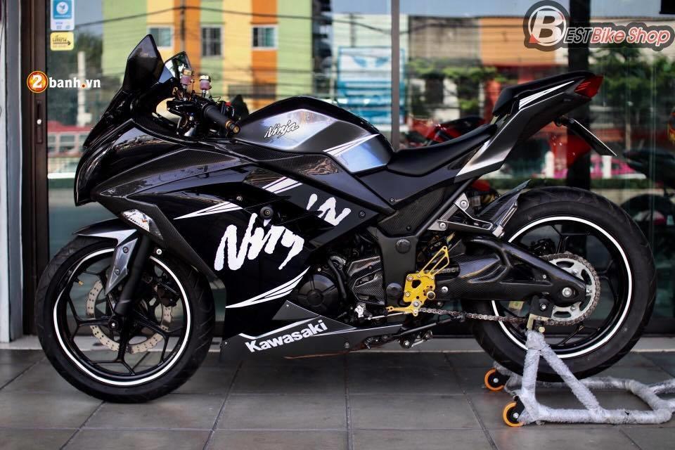 Kawasaki Ninja300 menh danh ke dan dau thuc thu