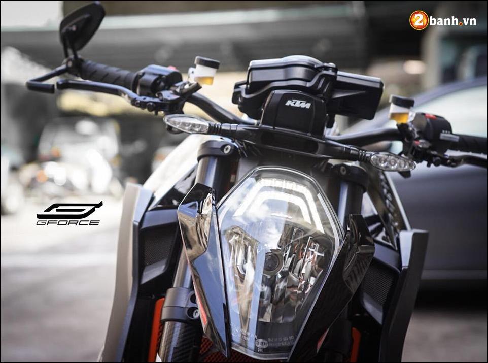KTM 1290 Super Duke R do ke menh danh Quai vat cua hang xe ao - 3
