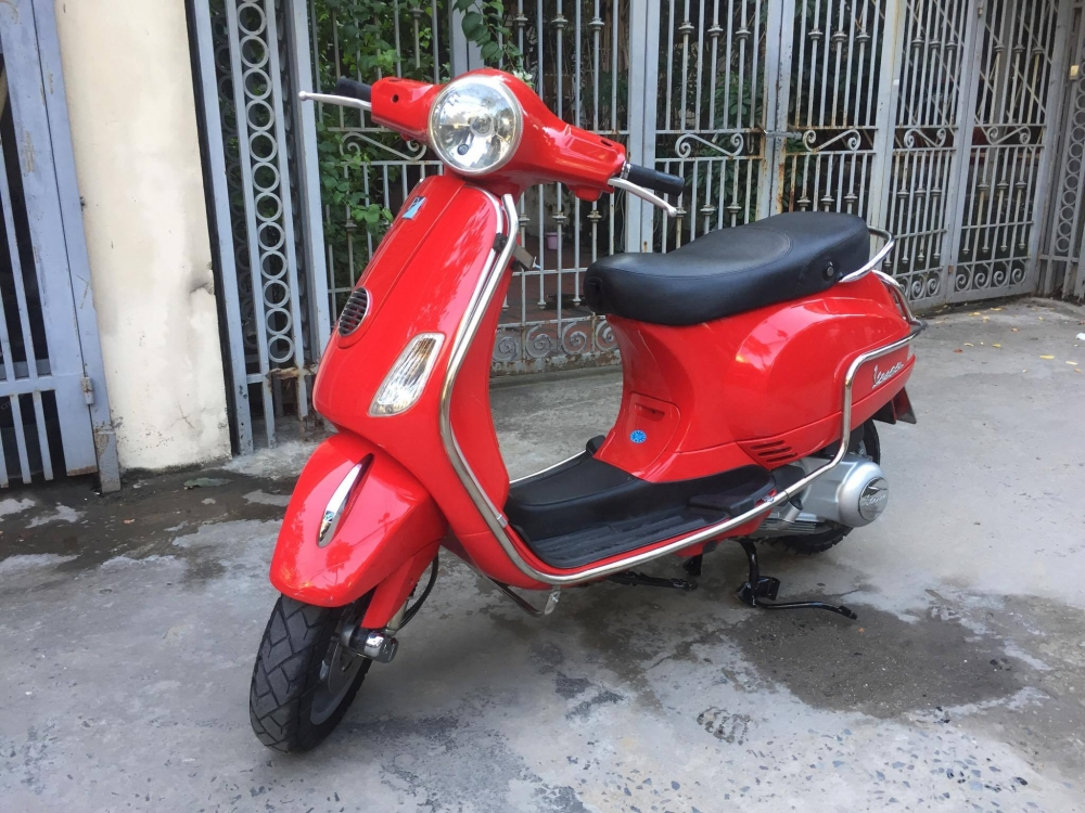 LX 125ie VN Do bien 29 06708 doi cuoi 2011 it su dung den 31 trieu chinh chu nu di giu - 2