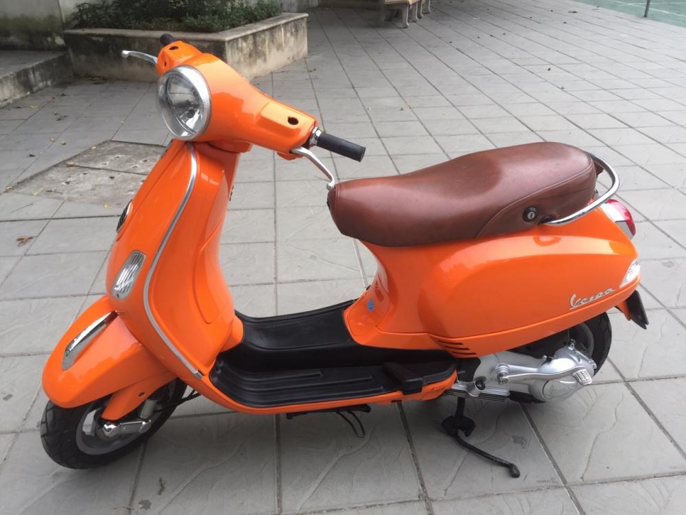 Vespa LX 125 Viet mau cam 2011 khoa tu 30X6 6801 - 6