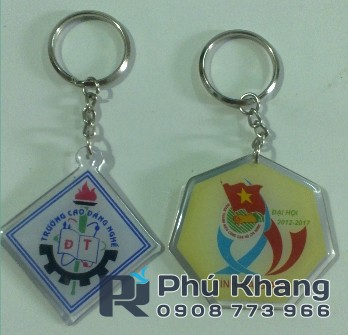 Xuong san xuat moc khoa do keo lam moc khoa gia re sticker decal