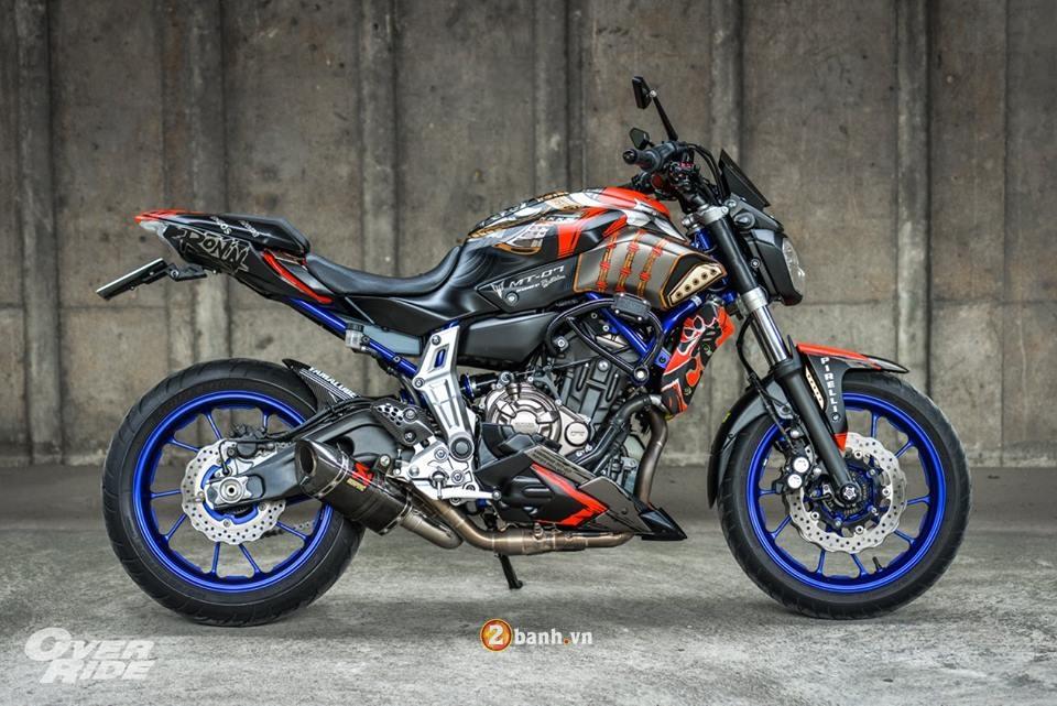 Yamaha MT07 dung manh ben bo canh Samurai huyen thoai