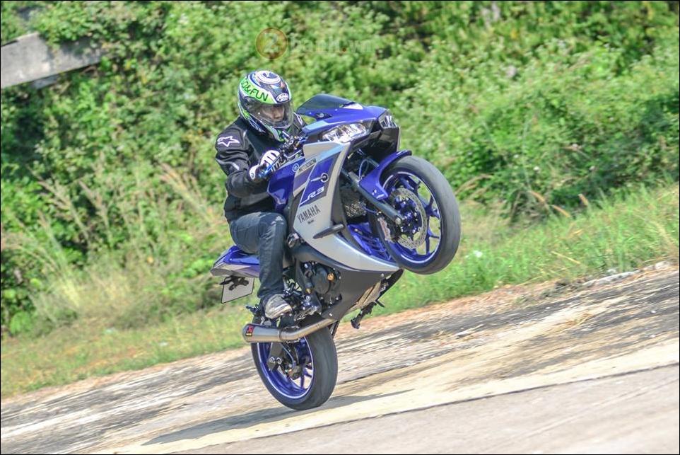 Yamaha R3 do mang phong cach thiet ke xung tam sieu xe