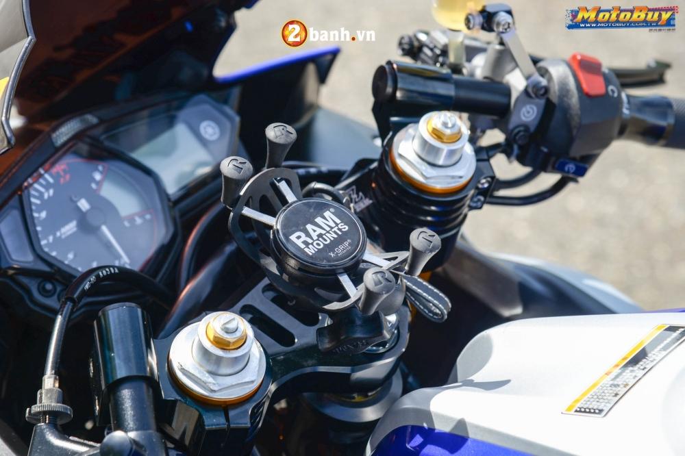 Yamaha R3 lot xac trong ban do Movista cuc chat - 3
