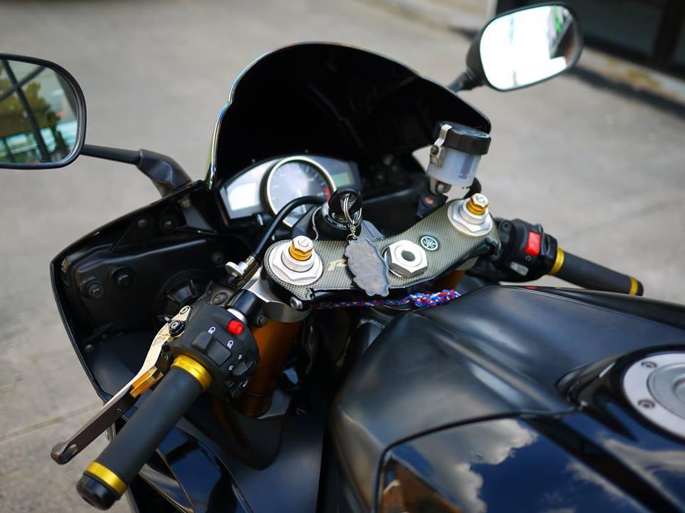 Yamaha R6 ngua hoang kho thuan trong loat anh den khong ty vet - 5