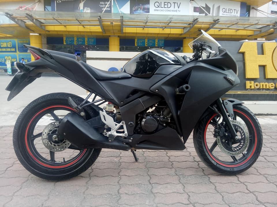 BAN CHIEC XE CBR 150 NHAP KHAU BIEN VIP 20222