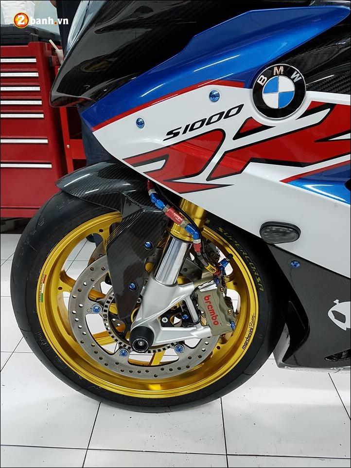 BMW S1000RR do sang chanh ben phu kien xa xi - 6