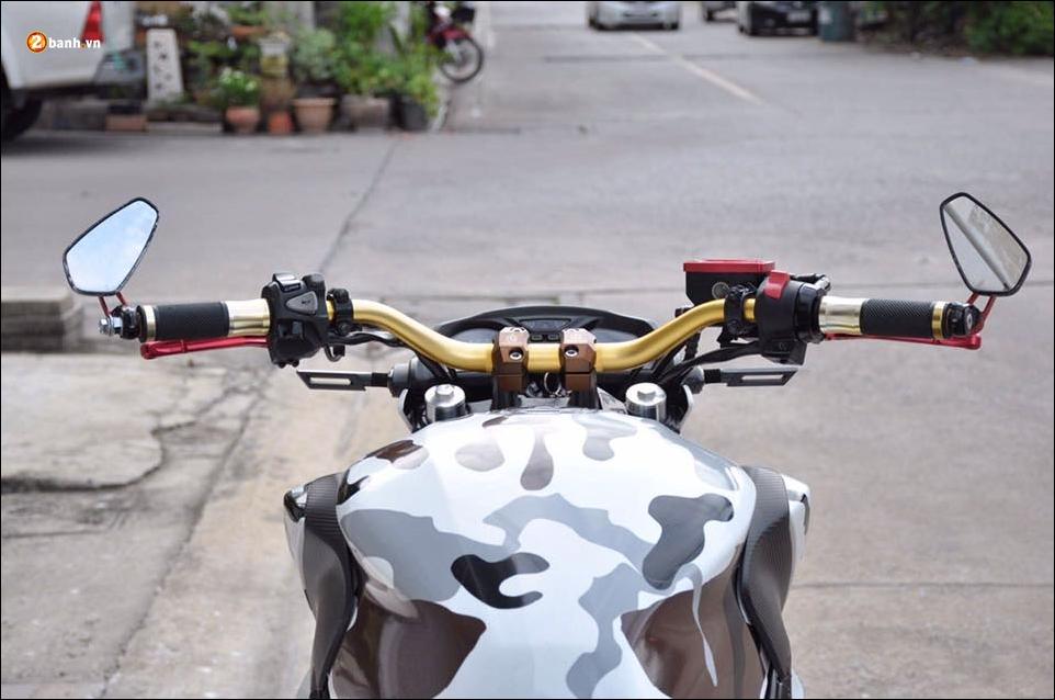 Honda CB650F do pha cach qua lot ao Camo huyen thoai