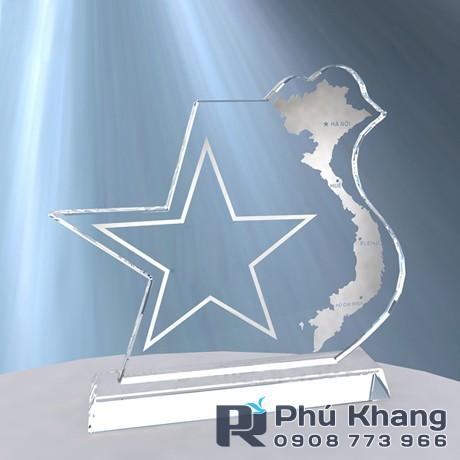 Co so cung cap bieu trung qua tang san xuat ky niem chuong pha le - 5