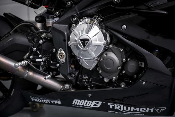 Dong co Triumph Moto2 dang duoc phat trien chuan bi cho mua giai 2019 - 6