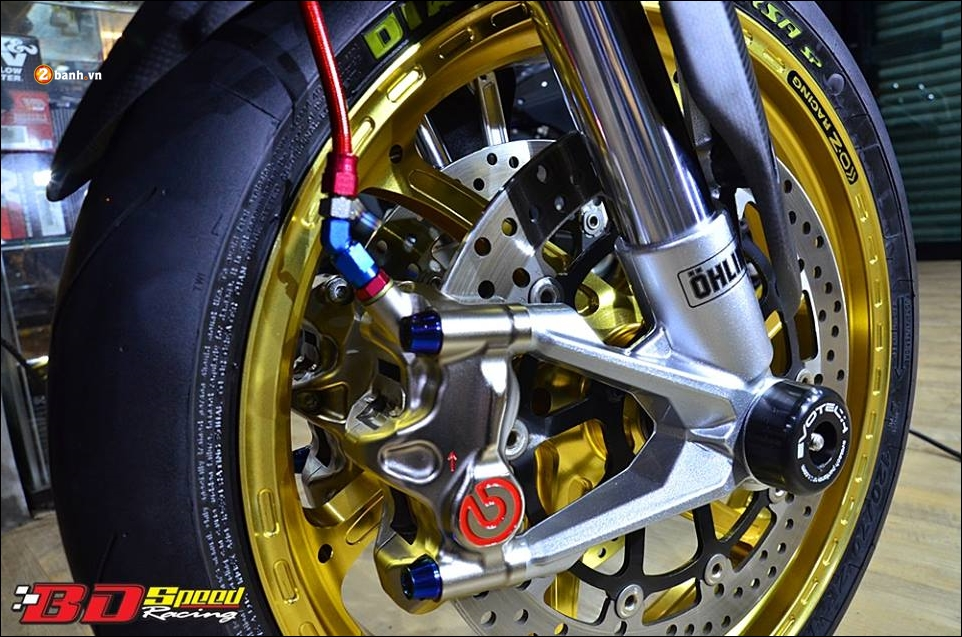 Ducati Hypermotard 821 do Vua duong pho trong trang bi hang sang - 9