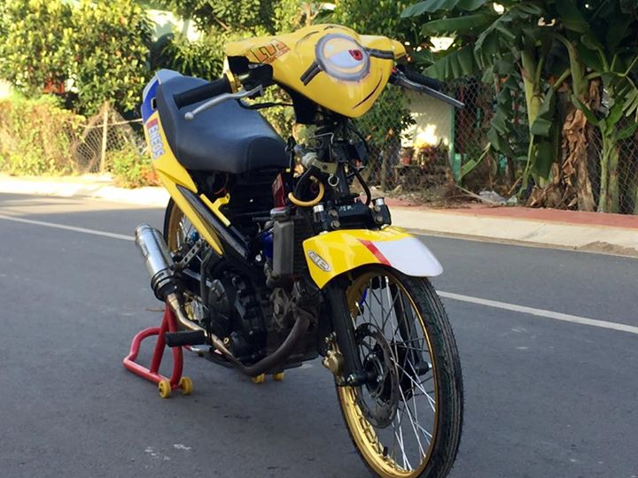Exciter 135 do Drag day an tuong voi hinh anh Minions - 4