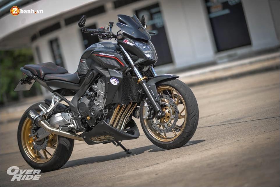 Honda CB650F Chien binh Nakedbike cung cap voi ban do bui bam phong tran - 11
