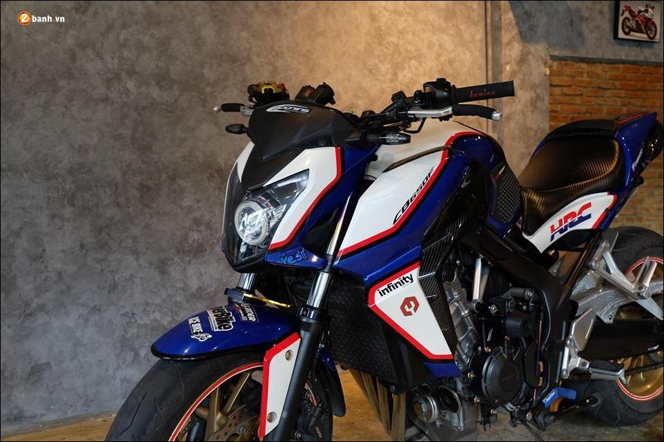 Honda CB650F do phong tran qua bo canh HRC - 4