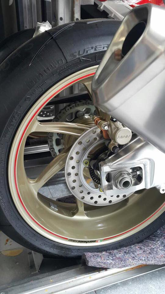 Hang cuc hiem Honda CBR 1000RR SP2 dau tien ve Viet Nam - 3