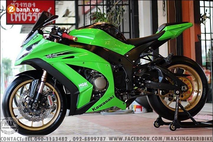Kawasaki Ninja ZX10R do hao nhoang voi tong mau xanh la - 14