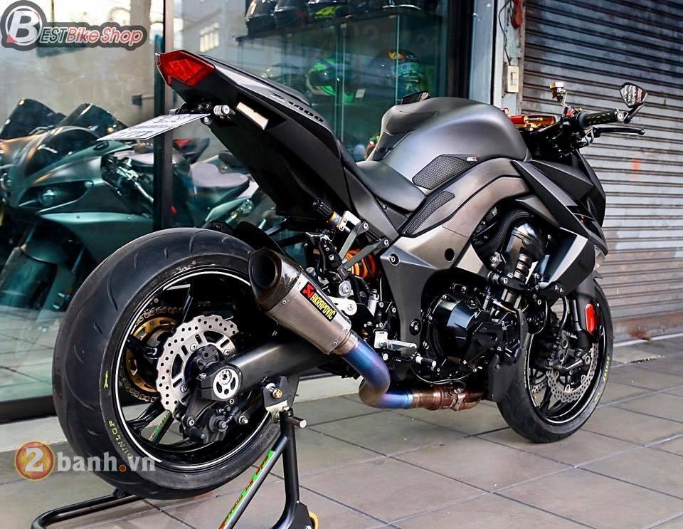 Kawasaki Z1000 day sac ben trong phien ban Matte Black - 12
