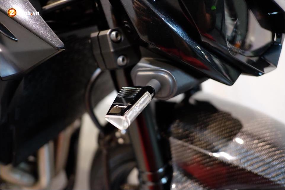 Kawasaki Z1000 do Nakedbike than thanh den khong ty vet - 9