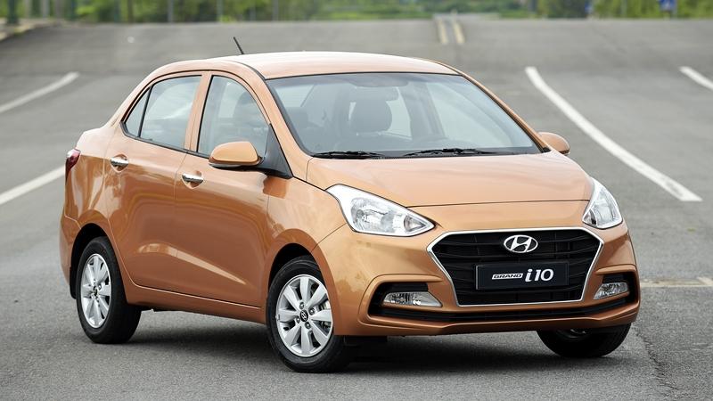 Khuyen mai uu dai gia xe Hyundai grand i10 sedan Thang 102017 - 2
