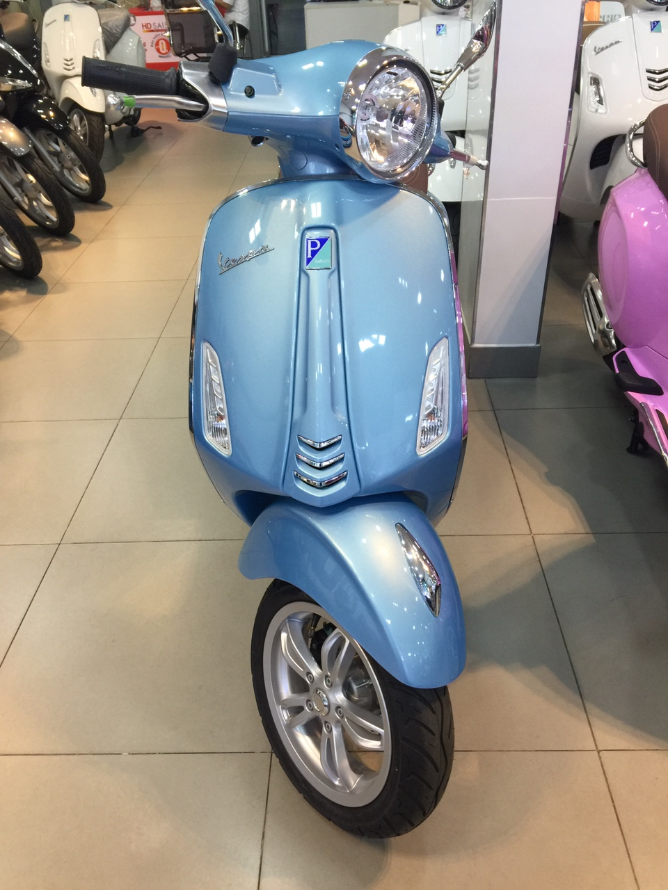 Mua xe Vespa Primavera 2017 tai HCM Chuong trinh Hot - 3