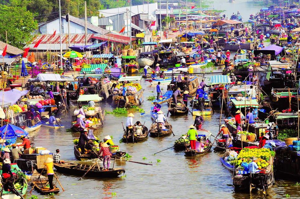 Trai nghiem day thu vi o cho Noi Cai Rang khi du lich Can Tho