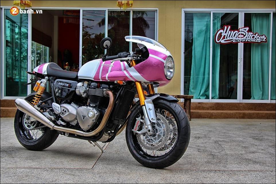 Triumph thruxton r 1200 do nu tinh cung mau hong kitty - 8