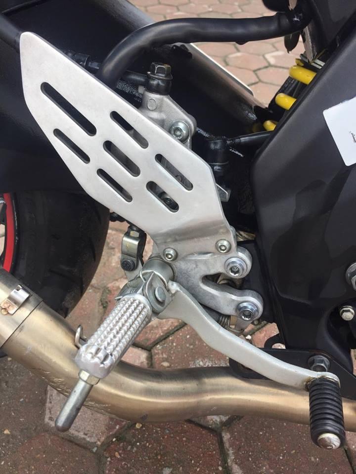 Yamaha R15 Phien ban 2014 TRANG DO - 8