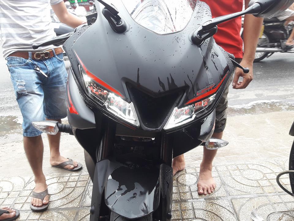 Yamaha R15 V3 2017 nhap khau Indo - 3