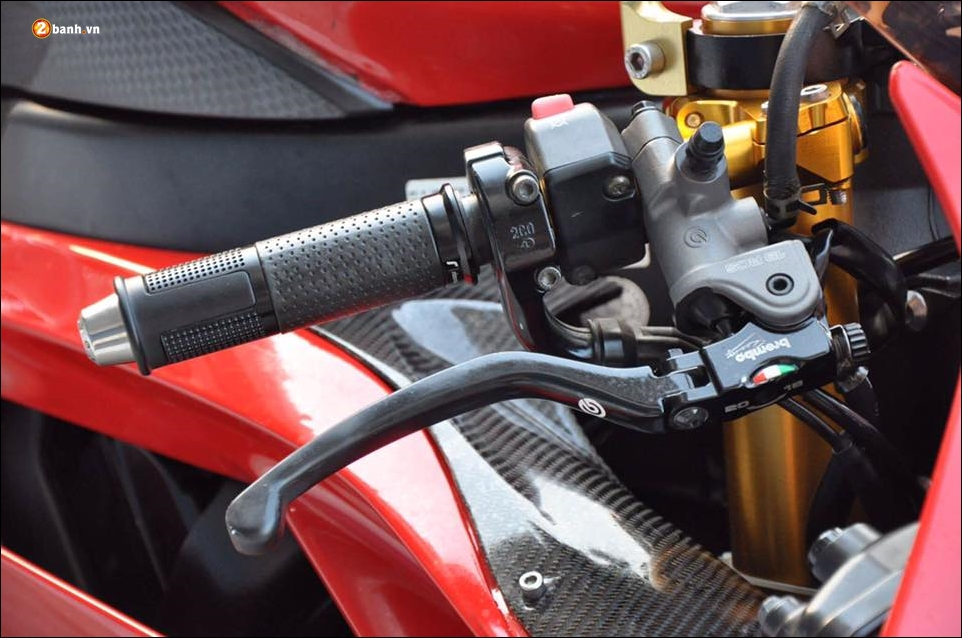 Yamaha R6 do ke nam dau phan khuc Super Six - 6